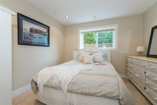 Photo 12: 2035 ROCKCLIFF Road in North Vancouver: Deep Cove House for sale : MLS®# R2210600