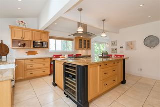 Photo 7: 2035 ROCKCLIFF Road in North Vancouver: Deep Cove House for sale : MLS®# R2210600
