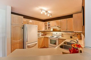 """Photo 11: 108 10743 139 Street in Surrey: Whalley Condo for sale in """"Vista Ridge"""" (North Surrey)  : MLS®# R2209375"""