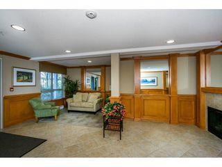 "Photo 3: 401 2167 152 Street in Surrey: Sunnyside Park Surrey Condo for sale in ""Muirfield Gardens"" (South Surrey White Rock)  : MLS®# R2217590"