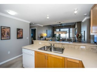 "Photo 7: 401 2167 152 Street in Surrey: Sunnyside Park Surrey Condo for sale in ""Muirfield Gardens"" (South Surrey White Rock)  : MLS®# R2217590"
