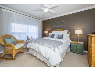 "Photo 16: 401 2167 152 Street in Surrey: Sunnyside Park Surrey Condo for sale in ""Muirfield Gardens"" (South Surrey White Rock)  : MLS®# R2217590"