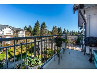 "Photo 2: 401 2167 152 Street in Surrey: Sunnyside Park Surrey Condo for sale in ""Muirfield Gardens"" (South Surrey White Rock)  : MLS®# R2217590"