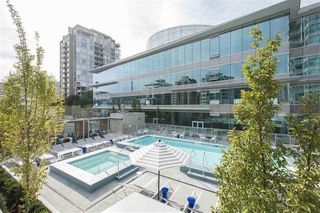 "Photo 16: 905 112 E 13TH Street in North Vancouver: Central Lonsdale Condo for sale in ""Centerview"" : MLS®# R2230575"