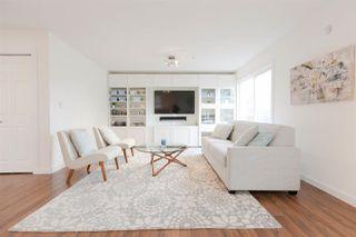Photo 3: 1229 E 11TH Avenue in Vancouver: Mount Pleasant VE House 1/2 Duplex for sale (Vancouver East)  : MLS®# R2232095