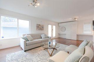Photo 2: 1229 E 11TH Avenue in Vancouver: Mount Pleasant VE House 1/2 Duplex for sale (Vancouver East)  : MLS®# R2232095