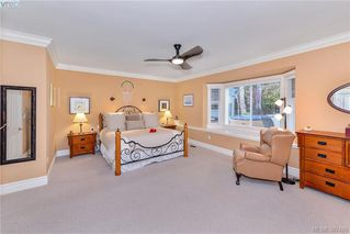 Photo 10: 814 Royal Oak Ave in VICTORIA: SE Broadmead House for sale (Saanich East)  : MLS®# 778638