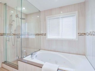 Photo 14: 1240 Grace Dr in Oakville: Iroquois Ridge North Freehold for sale : MLS®# W4047285