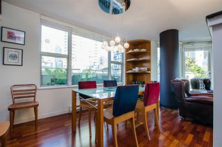 """Photo 10: 708 1500 HORNBY Street in Vancouver: Yaletown Condo for sale in """"888 BEACH"""" (Vancouver West)  : MLS®# R2245639"""
