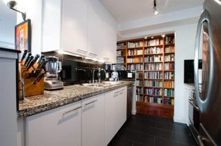 """Photo 11: 708 1500 HORNBY Street in Vancouver: Yaletown Condo for sale in """"888 BEACH"""" (Vancouver West)  : MLS®# R2245639"""