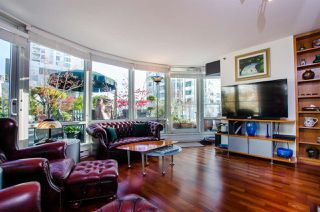 """Photo 15: 708 1500 HORNBY Street in Vancouver: Yaletown Condo for sale in """"888 BEACH"""" (Vancouver West)  : MLS®# R2245639"""