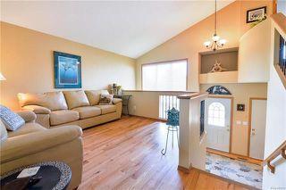 Photo 4: 919 John Bruce Road in Winnipeg: Royalwood Residential for sale (2J)  : MLS®# 1816498