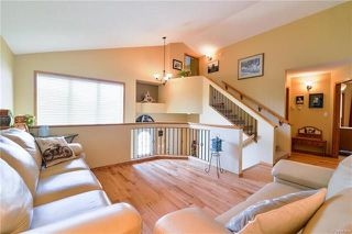 Photo 3: 919 John Bruce Road in Winnipeg: Royalwood Residential for sale (2J)  : MLS®# 1816498