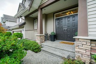 "Photo 2: 21063 86 Avenue in Langley: Walnut Grove House for sale in ""Manor Park"" : MLS®# R2301147"