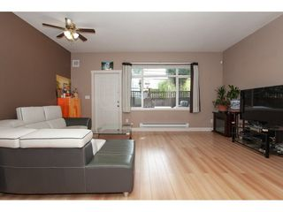 """Photo 3: 20 13899 LAUREL Drive in Surrey: Whalley Townhouse for sale in """"Emerald Gardens"""" (North Surrey)  : MLS®# R2308753"""