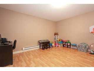 """Photo 17: 20 13899 LAUREL Drive in Surrey: Whalley Townhouse for sale in """"Emerald Gardens"""" (North Surrey)  : MLS®# R2308753"""