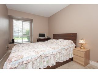 """Photo 15: 20 13899 LAUREL Drive in Surrey: Whalley Townhouse for sale in """"Emerald Gardens"""" (North Surrey)  : MLS®# R2308753"""