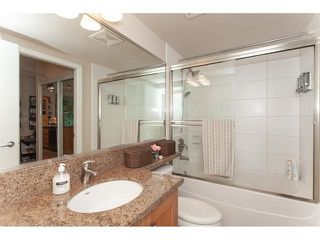 "Photo 16: 210 15777 MARINE Drive: White Rock Condo for sale in ""South Beach"" (South Surrey White Rock)  : MLS®# R2312942"