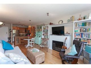 "Photo 2: 210 15777 MARINE Drive: White Rock Condo for sale in ""South Beach"" (South Surrey White Rock)  : MLS®# R2312942"
