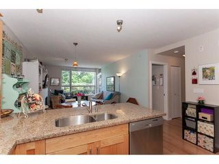 "Photo 8: 210 15777 MARINE Drive: White Rock Condo for sale in ""South Beach"" (South Surrey White Rock)  : MLS®# R2312942"