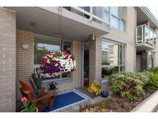 "Photo 11: 210 15777 MARINE Drive: White Rock Condo for sale in ""South Beach"" (South Surrey White Rock)  : MLS®# R2312942"