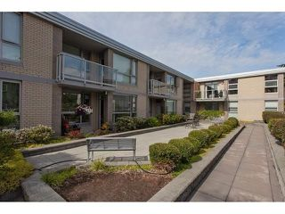 "Photo 14: 210 15777 MARINE Drive: White Rock Condo for sale in ""South Beach"" (South Surrey White Rock)  : MLS®# R2312942"