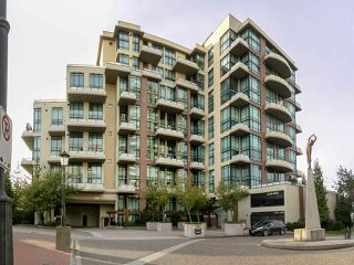 "Main Photo: 402 10 RENAISSANCE Square in New Westminster: Quay Condo for sale in ""MURANO LOFTS"" : MLS®# R2314177"