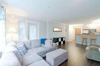 """Photo 7: 211 4783 DAWSON Street in Burnaby: Brentwood Park Condo for sale in """"Collage"""" (Burnaby North)  : MLS®# R2319878"""