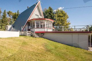 Photo 2: 70 LAKEVIEW Avenue: Rural Lac Ste. Anne County House for sale : MLS®# E4139833