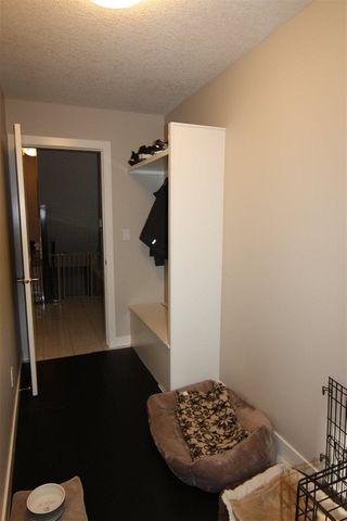 Photo 8: 433 MEADOWVIEW Drive: Fort Saskatchewan House for sale : MLS®# E4140832