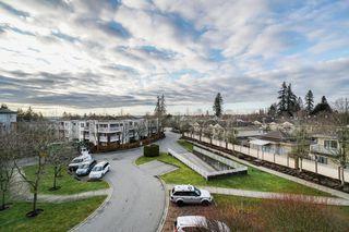 "Photo 17: 402 15885 84 Avenue in Surrey: Fleetwood Tynehead Condo for sale in ""Abbey Road"" : MLS®# R2334169"