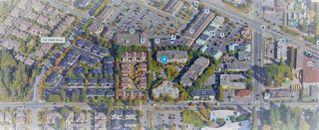 "Photo 18: 402 15885 84 Avenue in Surrey: Fleetwood Tynehead Condo for sale in ""Abbey Road"" : MLS®# R2334169"