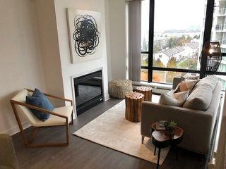 "Main Photo: 1005 151 W 2ND Street in North Vancouver: Lower Lonsdale Condo for sale in ""SKY"" : MLS®# R2336278"