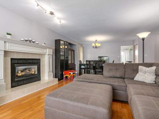 Photo 5: 11940 249 Street in Maple Ridge: Websters Corners House for sale : MLS®# R2338978