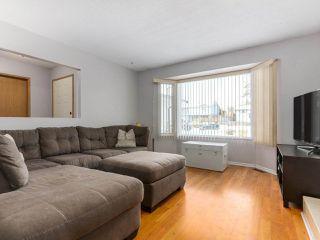 Photo 3: 11940 249 Street in Maple Ridge: Websters Corners House for sale : MLS®# R2338978