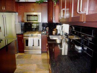 Photo 9: 10 BLACKBURN Drive W in Edmonton: Zone 55 Condo for sale : MLS®# E4143238