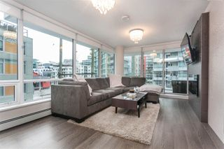 Photo 2: 330 1783 MANITOBA Street in Vancouver: False Creek Condo for sale (Vancouver West)  : MLS®# R2339912
