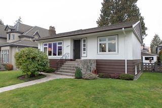 Main Photo: 4063 W 40TH Avenue in Vancouver: Dunbar House for sale (Vancouver West)  : MLS®# R2343366