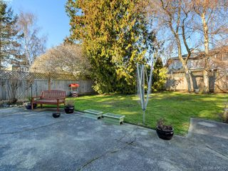 Photo 20: 976 Dunsmuir Road in VICTORIA: Es Old Esquimalt Single Family Detached for sale (Esquimalt)  : MLS®# 406295