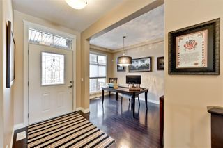 Photo 2: 2213 WARRY Loop in Edmonton: Zone 56 House for sale : MLS®# E4147300