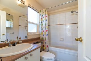 Photo 11: 38 7111 LYNNWOOD Drive in Richmond: Granville Townhouse for sale : MLS®# R2352304
