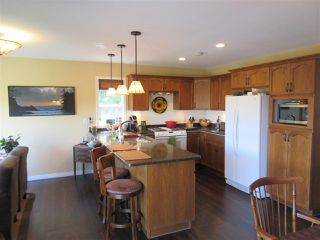 Photo 4: 47444 CHARTWELL Drive in Chilliwack: Little Mountain House for sale : MLS®# R2359775