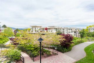 "Photo 16: 104 265 ROSS Drive in New Westminster: Fraserview NW Condo for sale in ""THE GROVE"" : MLS®# R2367916"