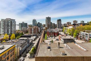 "Photo 11: 1006 39 SIXTH Street in New Westminster: Downtown NW Condo for sale in ""Quantum"" : MLS®# R2368367"