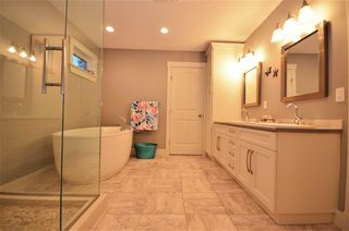 """Photo 14: 2619 MAURICE Drive in Prince George: Charella/Starlane House for sale in """"UNIVERSITY HEIGHTS"""" (PG City South (Zone 74))  : MLS®# R2369261"""