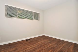 Photo 11: 3245 FINLEY Street in Port Coquitlam: Lincoln Park PQ House for sale : MLS®# R2369958