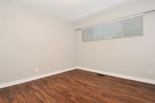 Photo 10: 3245 FINLEY Street in Port Coquitlam: Lincoln Park PQ House for sale : MLS®# R2369958