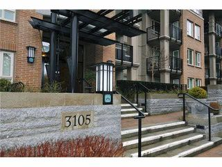 """Main Photo: 306 3105 LINCOLN Avenue in Coquitlam: New Horizons Condo for sale in """"LARKIN HOUSE EAST"""" : MLS®# R2371435"""