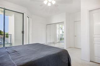 Photo 12: 301 1745 MARTIN Drive in Surrey: Sunnyside Park Surrey Condo for sale (South Surrey White Rock)  : MLS®# R2372562