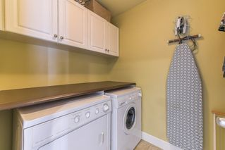 """Photo 11: 17908 71A Avenue in Surrey: Cloverdale BC House for sale in """"Provincton"""" (Cloverdale)  : MLS®# R2374811"""
